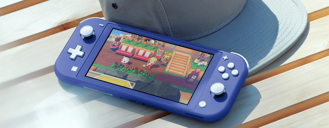 Un YouTubeur compare la Switch Lite Bleue à d'autres consoles Nintendo - VIDEO